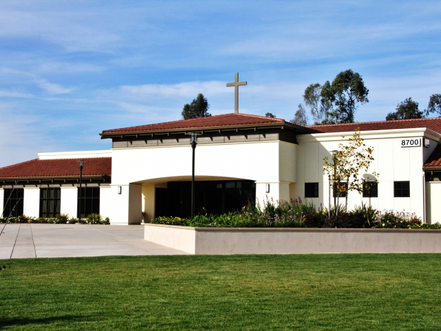 Elk Grove, St Maria Goretti Church
