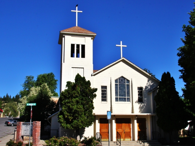Susanville, Sacred Heart Church