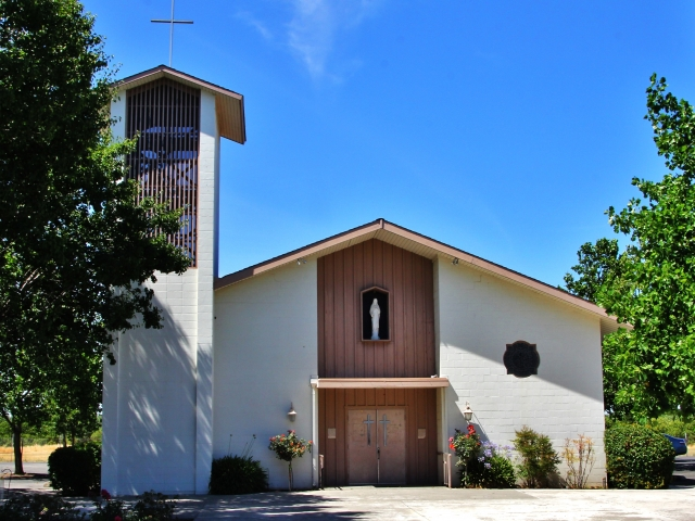 Arbuckle, Holy Cross Mission Church